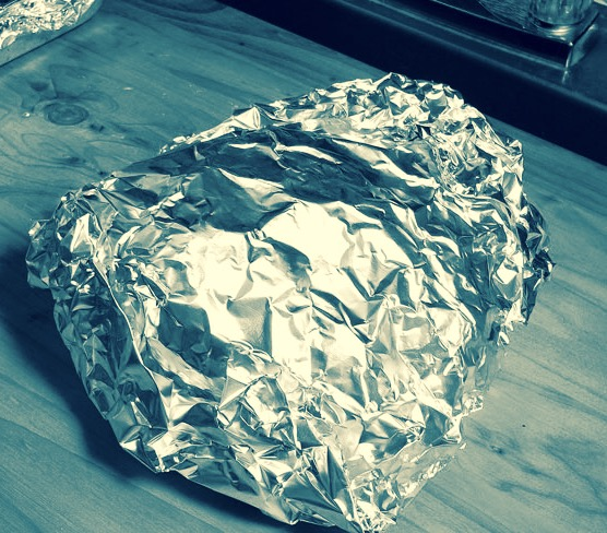 Tutta la verità sulla tossicità dell'alluminio in cucina